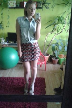 New Yorker skirt - random brand shirt - H&M heels