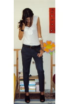 Zara t-shirt - Massimo Dutti belt - Zara pants - cinti shoes - hand made in bras