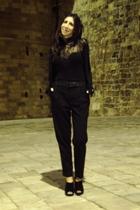 black sweater - black top - black pants - black boots