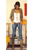 Bershka jacket - t-shirt - Zara jeans - Massimo Dutti belt - Zara boots - Access