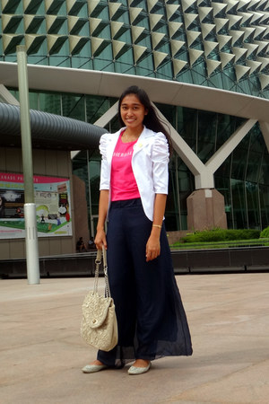 white blazer - hot pink Herbalife shirt - beige alberto bag
