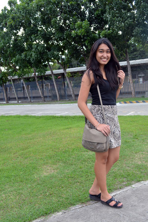tan Guess skirt - charcoal gray Charles & Keith bag - black top