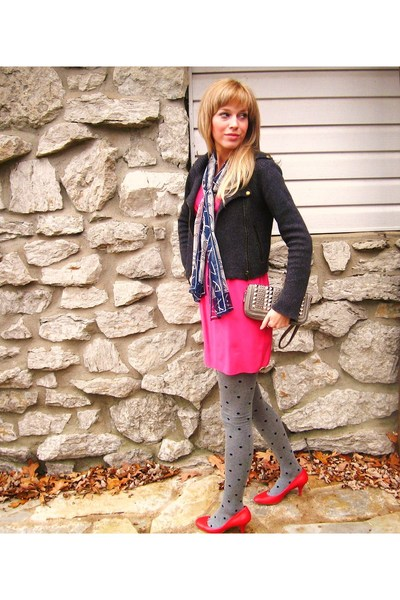 Cynthia Vincent sweater - Cynthia Vincent dress - HUE tights - Nine West shoes -