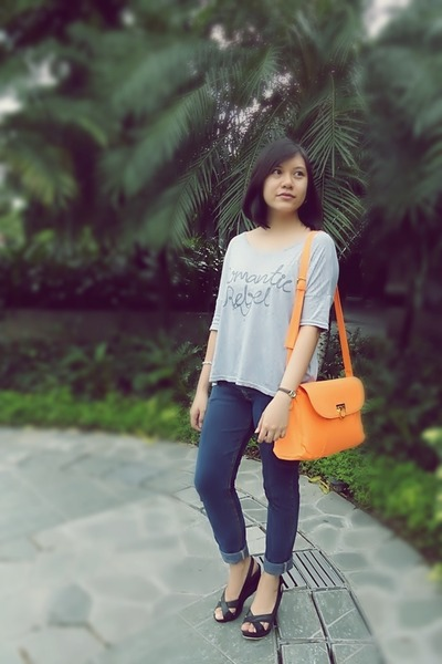 orange neon Fashion Code 101 bag