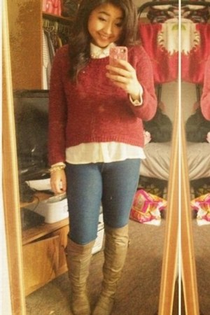 taupe knee high Discovery boots - ruby red red Rue 21 sweater