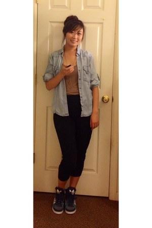 chambray blouse cloth and stone blouse - harem pants Gap pants