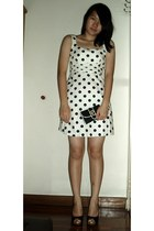 white polka dot dress - black purse - black heels