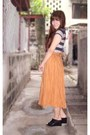 Black-stripes-tiangge-shirt-bronze-maxi-skirt-moms-skirt-black-jessica-wedge
