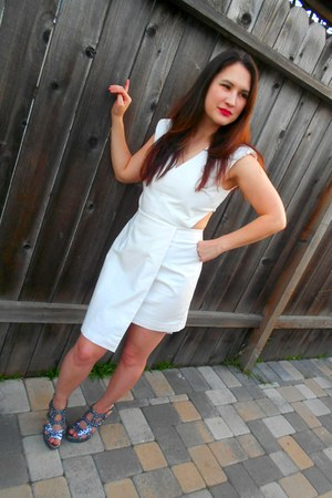white cut out H&M dress - silver spiked Steve Madden heels