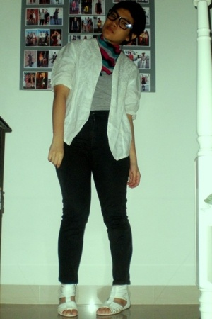 t-shirt - blazer - - mxco glasses - jeans - shoes