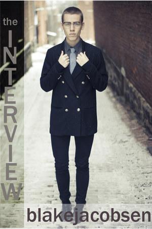 black blazer - black boots - silver shirt - periwinkle tie - black pants