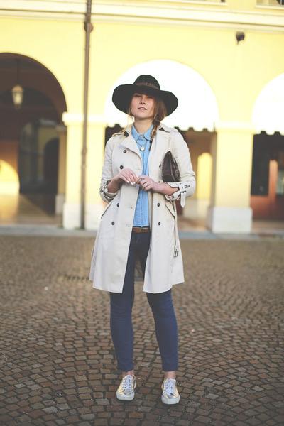 black Borsalino hat - navy Zara jeans - beige Zara jacket