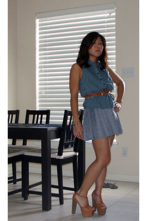 brown Jessica Simpson shoes - gray skirt - blue Forever 21 top - brown Goodwill