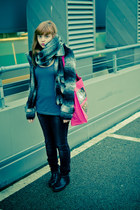 gray H&M scarf - black Start shoes - gray reserved coat - black Mohito jeans