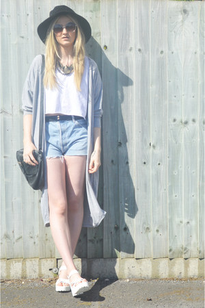 white chunky Ebay sandals - black floppy Kangol hat - black leather TK Maxx bag