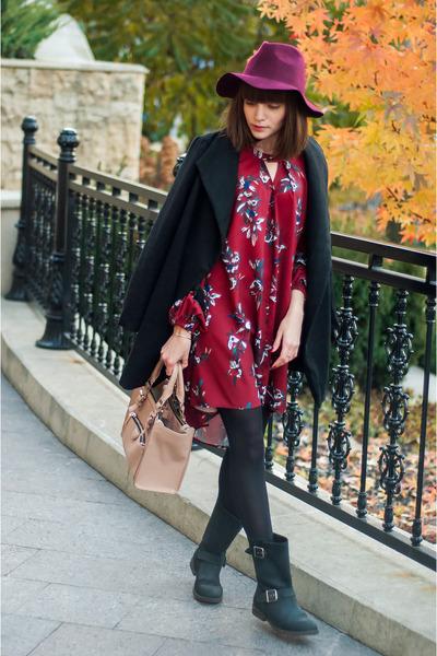 black leather poustovit for braska boots - maroon floral print Sheinside dress