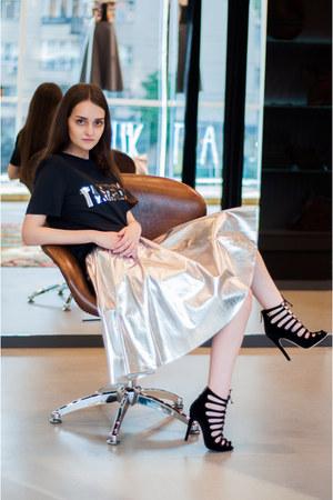 silver Ksenia Schnaider skirt - black Litkovskaya t-shirt