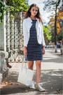 Navy-ostin-dress-white-kapalua-jacket-white-mango-bag