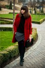 Black-poustovit-for-braska-boots-red-zara-coat