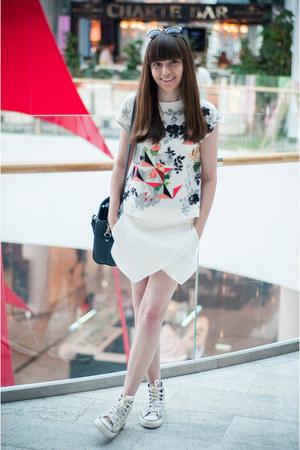 white Zara t-shirt - navy Zara bag - white Zara shorts
