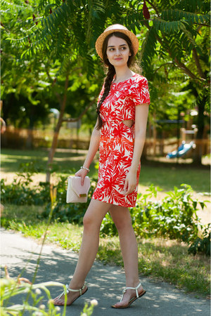red palm romwe dress - mustard straw unknown hat - white clutch new look bag