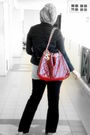 Gray-googles-shirt-black-scarlet-pants-black-scarlet-jacket-brown-vincci-s