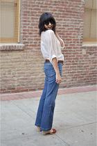 blue Gap jeans