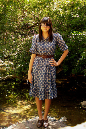 thrift town dress - Goodwill belt - etienne aigner shoes