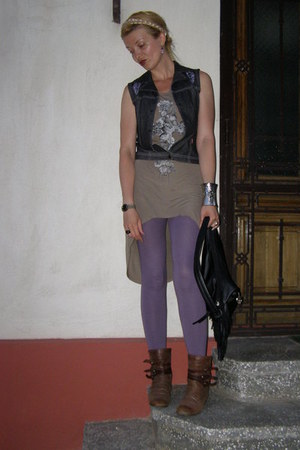 brown leather papucei by angela international boots - camel Terranova dress