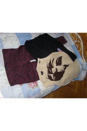 brick red H&M pants - black H&M blouse - eggshell energie vest
