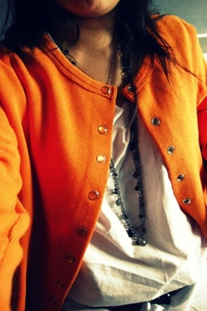 top - The Limited necklace - Fruit of the Loom t-shirt - H&M belt