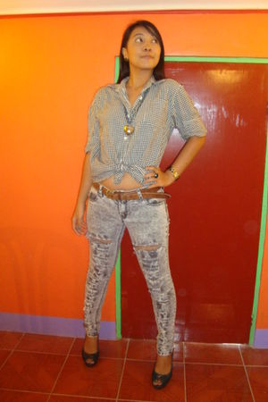 vintage blouse - pink shop ragged jeans - H&M shoes - Monsoon necklace - Forever