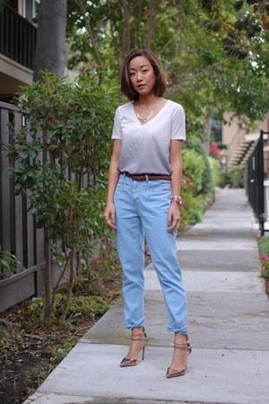 BDG jeans - BDG t-shirt - Zara heels
