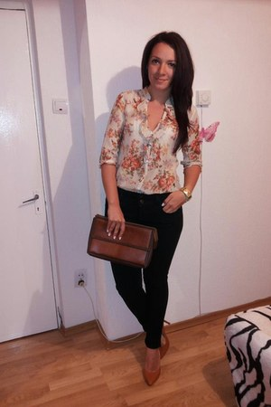 flower print Zara shirt - jeans - leather vintage bag - stiletto heels