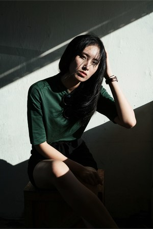 dark green cotton Zara shirt