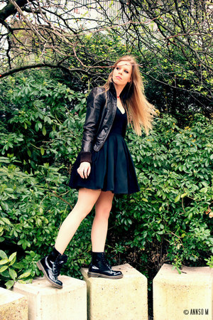LPC dress - Dr Martens boots