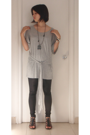 Forever 21 dress - Topshop leggings - shoes - necklace