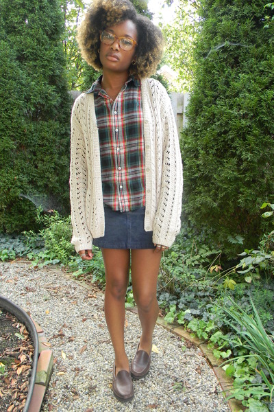 Guess skirt - Eddie Bauer shoes - Eddie Bauer sweater - Ralph Lauren shirt