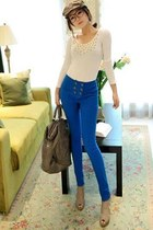blue pants - beige shoes - beige hat - camel bag - white blouse