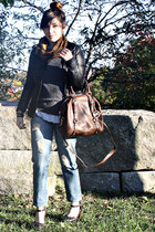 Michael Kors bag - Forever 21 shoes - Forever 21 jeans - Gap sweater