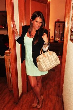 eggshell Louis Vuitton bag - camel Zara heels
