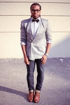 Saville blazer - Levis jeans - trotters boots - vintage tie