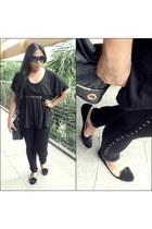 black Izzue top - black thrifted pants