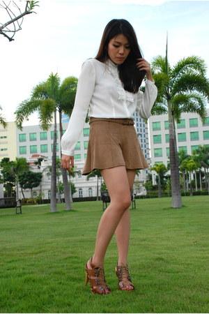 camel Topshop shorts - white g2000 top