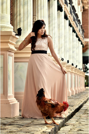 light pink Debbie Co dress - black Mango heels
