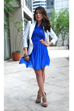 white Zara blazer - blue sheer Cosmopolitan dress - dark brown flap Charriol bag