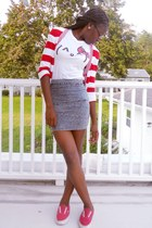 heather gray denim bandage Macys skirt - white hello kitty shirt