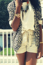 Cream-high-waisted-h-m-shorts-leopard-open-h-m-blazer