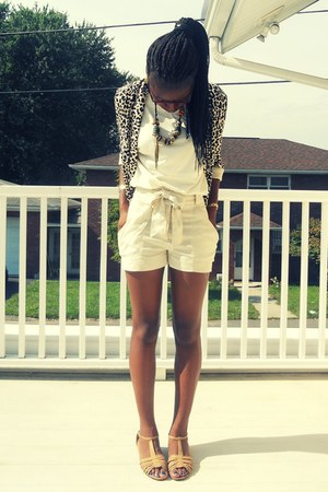 cream high waisted H&amp;M shorts - leopard open H&amp;M blazer