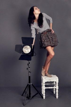 tan Peacocks boots - dark brown Stradivarius skirt - heather gray H&M blouse